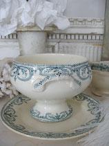 Shabby: Alte Terrine m. Teller Keramik aus Frankeich