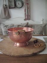Dekoratives antikes französisches Kupfersieb