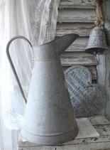 So french: Alte große Zink Kanne