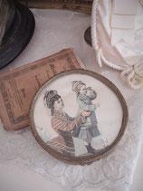 Zauberhafte kleine Messingdose mit Gravur um 1830 Frankreich