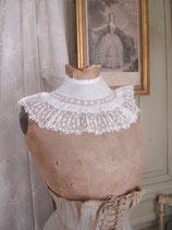 Zauberhafter antiker Spitzenkragen Frankreich
