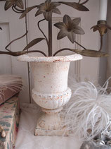 Shabby: Urnenvase Gusseisen mit Patina