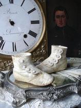 Shabby: Zauberhafte viktorianische Knopfschuhe