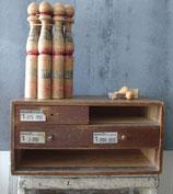 Alter Werkstattschrank / Industrieschrank Holz