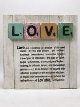 """Holzbild mit Scrabblebuchstaben und Text Motiv """"LOVE"""""""