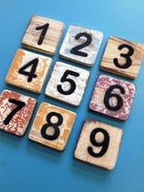 Ziffern aus Holz, 6 x 6 cm, bunt gemischt