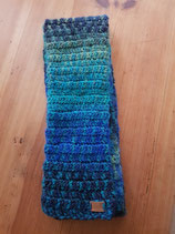 Blau-Grüner Schal mit Farbverlauf