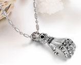 Halskette mit Claw-Anhänger Gothic