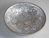 Plat coupe en laiton nickelé motif Fleur de Vie 20X4.5 cm