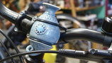 Die Fahrradvase Modell Nr. 6,' jeansblau'