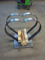 Holzlager Herzförmig