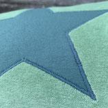 KuschelKissen ~ NICKY ~ grün mit blauer Stern-Applikation