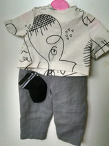2020-5   Two piece pant set for boy or girl, with a pair of socks