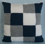 Kissenbezug QUADRATO weiß/blau/grau, gestrickt