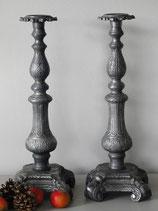 großer Kerzenleuchter im antiken Stil