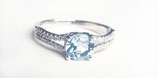 Ring / Verlobungsring aus Platin mit Aquamarin und 0,16 ct Brillanten Princess-Collection