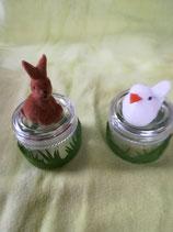 Hase oder Taube auf Minidose