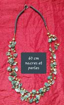 Collier 60 cm nacres et perles