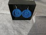 Boucles d'oreilles faites au crochet coloris bleu marine