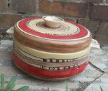 Brottopf Brotdose rund mit zwei Griffen  Keramik Handarbeit im Design gismoody