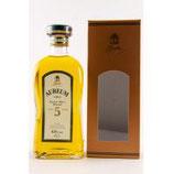 Aureum 5 y.o. - matured in Chestnut Casks Volumen: 0.7 Liter | Alkoholgehalt: 43% | Kühlfiltriert | Ohne Farbstoff