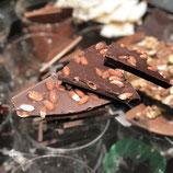 Zartbitter Schokolade 64%        ganze Mandel