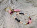 027 Schlüsselanhänger mit rosa Quaste
