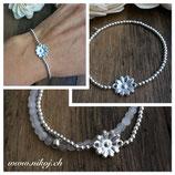 Zartes Blumenmedallion an 925er Silberperlen Armband