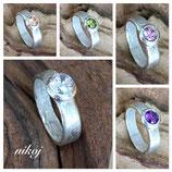 Funkelnder Ring in verschiedenen Farben....