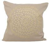 """Designer Sofa-Kissen """"Om Ranki"""" gross beige"""