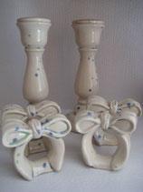 2 Kerzenhalter und 4 Serviettenringe glasiert