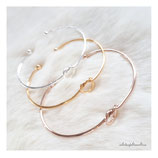 fine knotted bangles stain