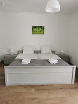 Standaard tweepersoonskamer met douche en toilet - 2 nachten-