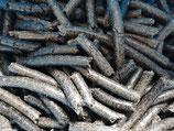 Presskuchen aus schwarzen Sonnenblumenkernen lose oder in 4 Kg bzw. 20 Kg Packungen verfügbar