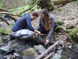 Frauen Outdoor Survival Camp
