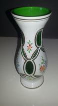 Überfang Vase weiss-grün, Höhe ca. 16 cm, Öffnung oben ca 6 cm, alt, mundgeblasen, geschliffen und handbemalt