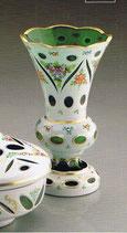Vase Überfangemail grün-weiss Höhe ca. 21 cm handgechliffen und handbemalt