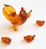 Hühner Set aus Glas 5teilig, Mutter Höhe ca 45 mm, Kinder Höhe ca 10 mm