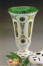 Vase Überfangemail weiss - grün Höhe ca.24 cm handgeschliffen und handbemalt