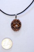 black walnut pendant | Schawarznuß Anhänger mit Lederband #07