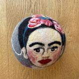 """Grosser Spielball """"Frida Kahlo"""""""