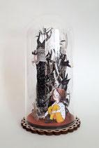 kleine Glasglocke mit originalen Papercutillustrationen