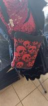 Gothic Handtasche mit roten Skulls
