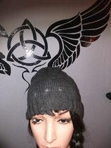 Mütze Beanie Grau mit Kreuznieten