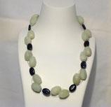 Halskette weißlichgrün/dunkelblau