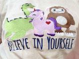 Stickereien auf T-shirts, Tischläufern und Tischdecken