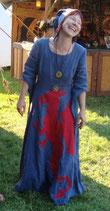 Verleih Kleid mit rotem Drachen