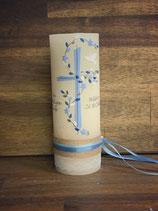 Taufkerze Rustik creme, 20x7cm, Kreuz in hellblau