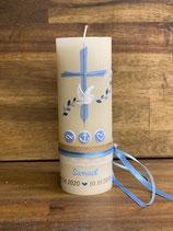 Taufkerze Rustik creme, 20x7cm, Kreuz hellblau mit Ranken