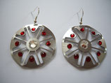 Ohrring aus Edelstahl mit Steinen d-30 mm